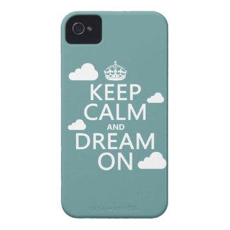 Guarde la calma y soñe encendido (las nubes) - iPhone 4 Case-Mate protectores