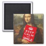 Guarde la calma y sonría iman de nevera