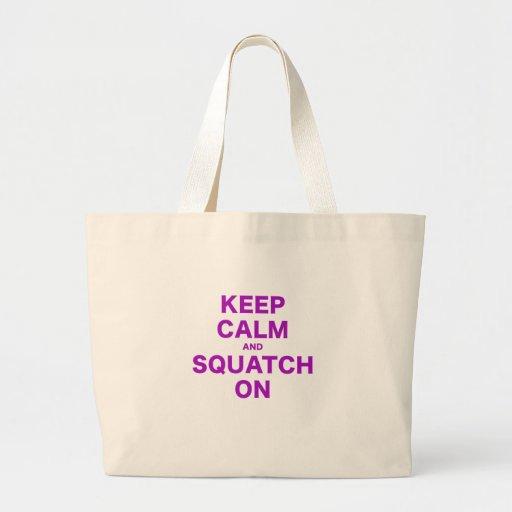 Guarde la calma y Squatch encendido Bolsa Tela Grande