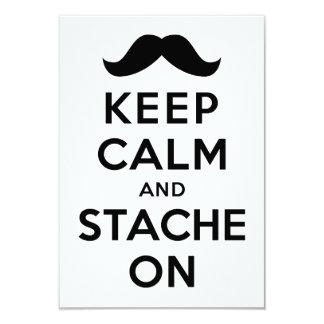 Guarde la calma y Stache encendido Invitación 8,9 X 12,7 Cm