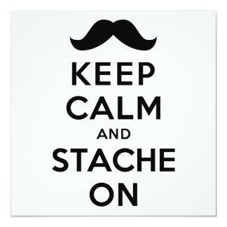 Guarde la calma y Stache encendido Invitación 13,3 Cm X 13,3cm