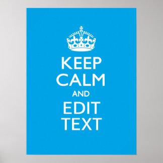 Guarde la calma y su texto en fondo del azul de poster