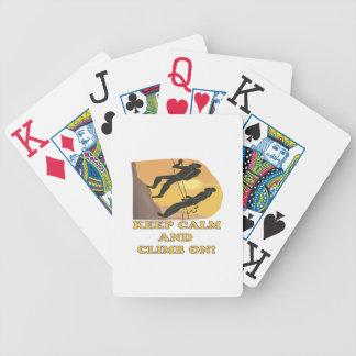 Guarde la calma y suba encendido baraja de cartas