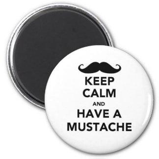 Guarde la calma y tenga un bigote imán redondo 5 cm