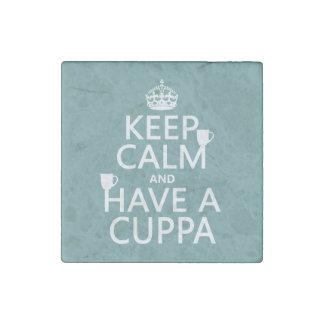 Guarde la calma y tenga un Cuppa - todos los Imán De Piedra