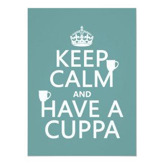 """Guarde la calma y tenga un Cuppa - todos los Invitación 5.5"""" X 7.5"""""""