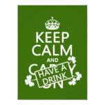 Guarde la calma y tenga una bebida (irlandesa) invitación 13,9 x 19,0 cm