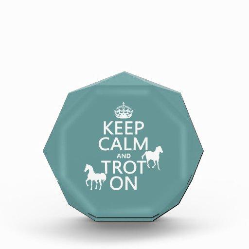Guarde la calma y trote encendido - los caballos -
