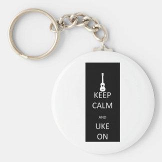 Guarde la calma y Uke encendido Llavero Redondo Tipo Pin