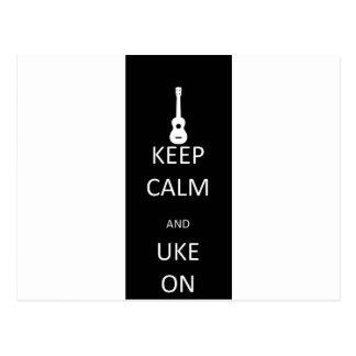 Guarde la calma y Uke encendido Tarjetas Postales