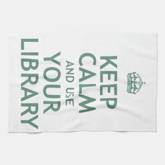 Guarde la calma y utilice su biblioteca toalla de cocina