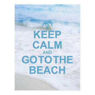 Guarde la calma y vaya a la playa tarjetas postales