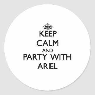 Guarde la calma y vaya de fiesta con Ariel Pegatina Redonda