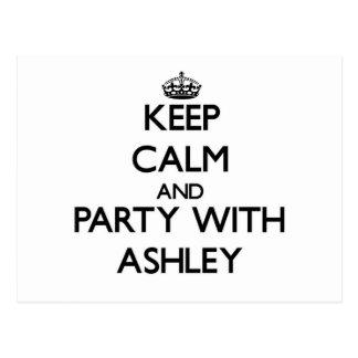 Guarde la calma y vaya de fiesta con Ashley Postal