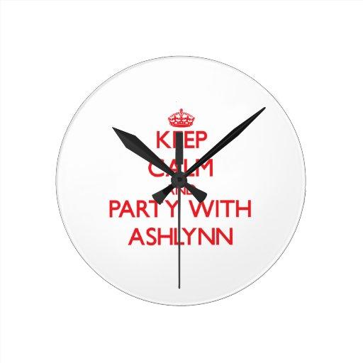 Guarde la calma y vaya de fiesta con Ashlynn Reloj Redondo Mediano
