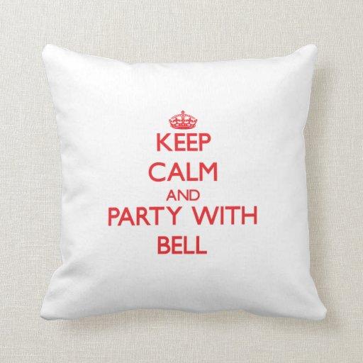 Guarde la calma y vaya de fiesta con Bell Cojin