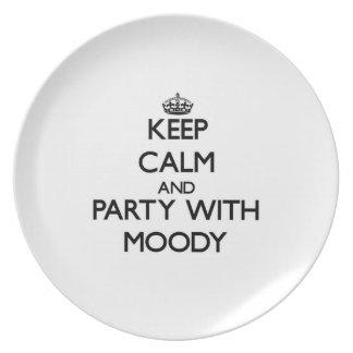 Guarde la calma y vaya de fiesta con cambiante platos de comidas