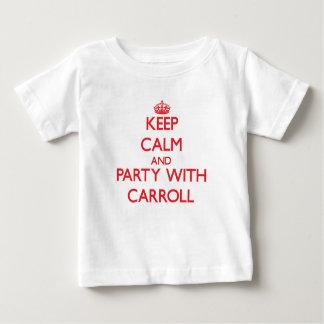 Guarde la calma y vaya de fiesta con Carroll Poleras