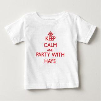 Guarde la calma y vaya de fiesta con el heno playeras