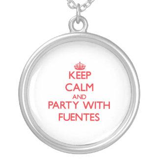 Guarde la calma y vaya de fiesta con Fuentes Colgantes