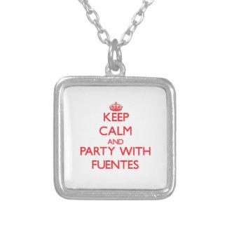 Guarde la calma y vaya de fiesta con Fuentes Pendientes