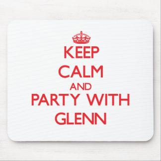 Guarde la calma y vaya de fiesta con Glenn