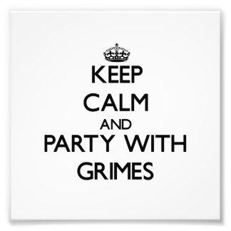 Guarde la calma y vaya de fiesta con Grimes