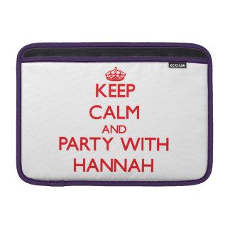 Guarde la calma y vaya de fiesta con Hannah Funda MacBook