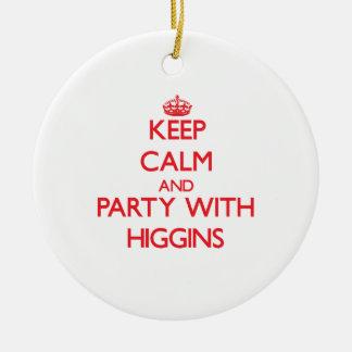 Guarde la calma y vaya de fiesta con Higgins Adorno Redondo De Cerámica
