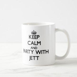 Guarde la calma y vaya de fiesta con Jett Taza