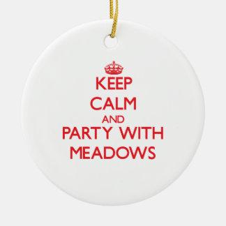 Guarde la calma y vaya de fiesta con los prados adorno para reyes