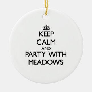 Guarde la calma y vaya de fiesta con los prados