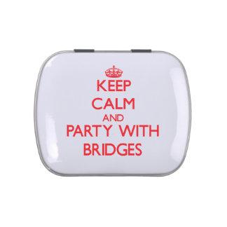 Guarde la calma y vaya de fiesta con los puentes frascos de dulces