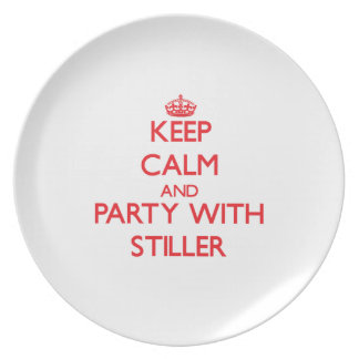Guarde la calma y vaya de fiesta con más inmóvil platos para fiestas