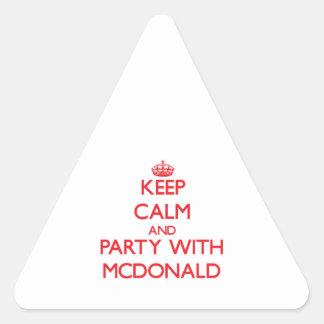 Guarde la calma y vaya de fiesta con Mcdonald Calcomanía De Triangulo Personalizadas