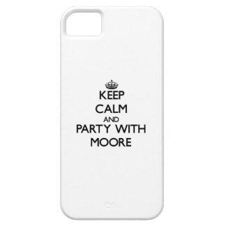 Guarde la calma y vaya de fiesta con Moore iPhone 5 Cárcasa