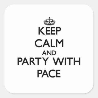 Guarde la calma y vaya de fiesta con paso pegatinas cuadradases