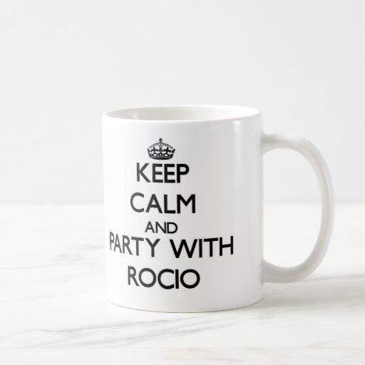 Guarde la calma y vaya de fiesta con Rocio Taza Básica Blanca
