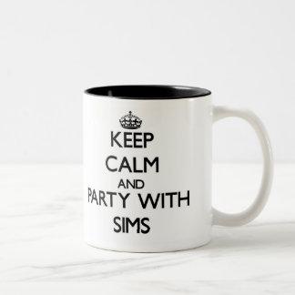 Guarde la calma y vaya de fiesta con Sims Tazas