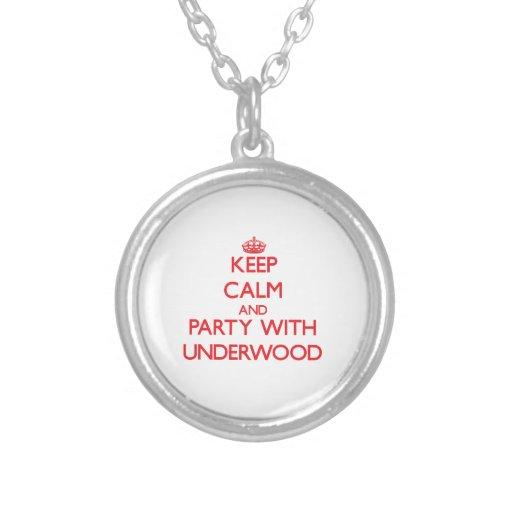 Guarde la calma y vaya de fiesta con sotobosque colgante personalizado