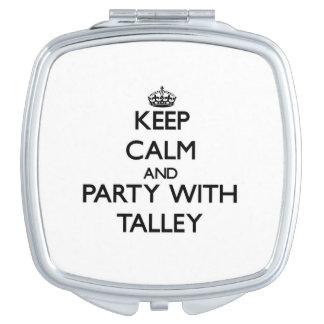 Guarde la calma y vaya de fiesta con Talley Espejo Maquillaje