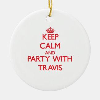 Guarde la calma y vaya de fiesta con Travis Adorno Navideño Redondo De Cerámica