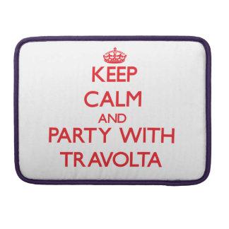 Guarde la calma y vaya de fiesta con Travolta Fundas Para Macbooks