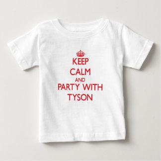 Guarde la calma y vaya de fiesta con Tyson Tee Shirt