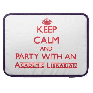 Guarde la calma y vaya de fiesta con un biblioteca funda para macbooks