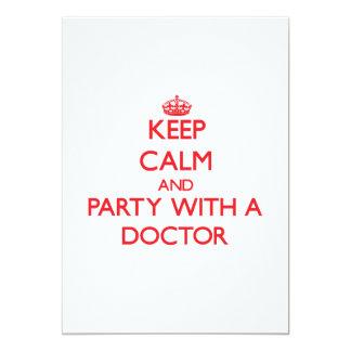 Guarde la calma y vaya de fiesta con un doctor comunicados personalizados