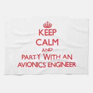 Guarde la calma y vaya de fiesta con un ingeniero  toallas de mano