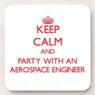 Guarde la calma y vaya de fiesta con un ingeniero  posavasos de bebida
