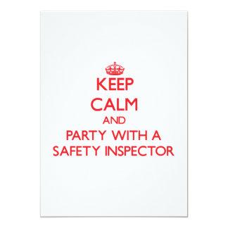 """Guarde la calma y vaya de fiesta con un inspector invitación 5"""" x 7"""""""