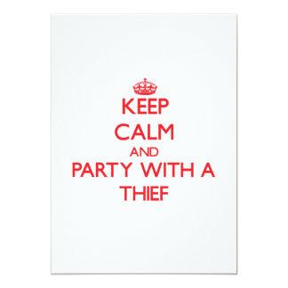 Guarde la calma y vaya de fiesta con un ladrón comunicado personalizado